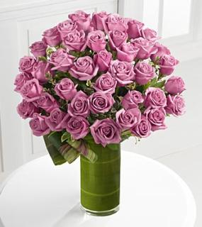 Sensational Luxury Rose Bouquet - 24-inch Premium Long-Stemmed R